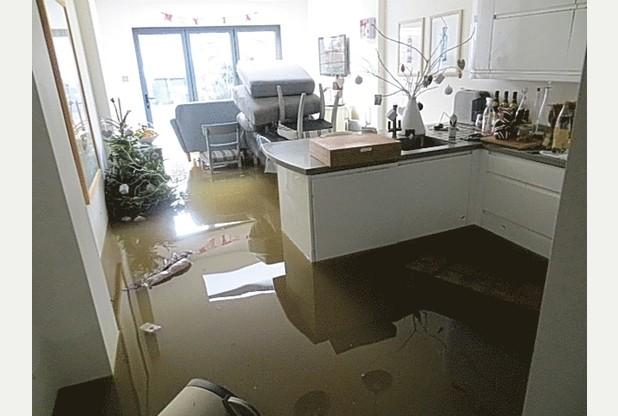 southern-water-sewage-leak